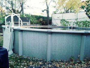 piscine hors terre avec escaliers de luxe, 27 pieds ronde