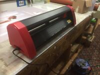 Creation Pcut 630 vinyl cutter/plotter