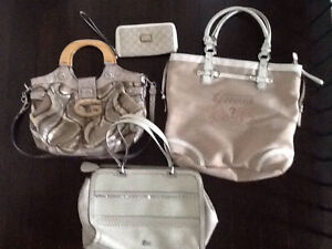 Guess purses / bag / wallet / wristlet Stratford Kitchener Area image 1