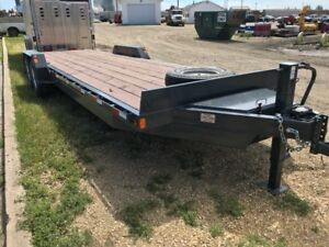 PRECISION HEAVY DUTY FLAT DECK CAR/EQUIPMENT HAULER 26'