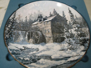 """Canadian Collector Plates """"Discover Canada"""""""