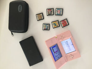 2 Nintendo DS Lite + 5 games & 1 case