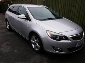 Vauxhall Astra 1.7CDTi SRI. ESTATE. WARRANTY. FSH. GOOD SPEC - SEE DESCRIPTION.