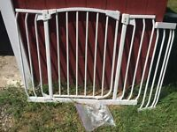 Baby gate - extra wide. Good to 48 inch opening