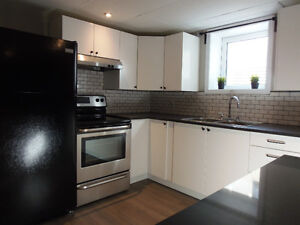 3 Bedroom Apt 5 Minutes from the U of M! $667/person INCLUSIVE