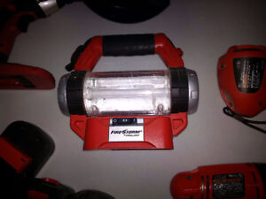 Black & Decker 18V cordless area work light, model FS18AL