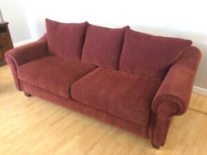 Red Fabric Couch - great condition - non smoker house