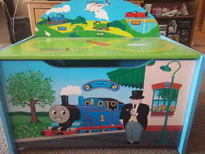 Thomas the train wooden toy box/bench