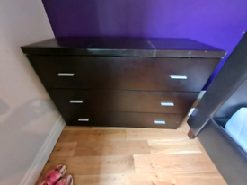 2 brown leather chests of drawers £75 a piece-like new condition