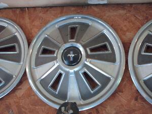 1966 mustang hubcaps