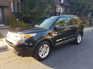2011 Ford Explorer XLT 4x4 - Towing Package - Low Mileage!