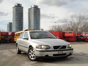 2004 Volvo S60 2.5T AWD 3 Years Powertrain Warranty Included