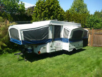 2008 Fleetwood Bayside CP Tent Trailer