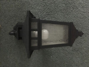 Outdoor coach style light sconces