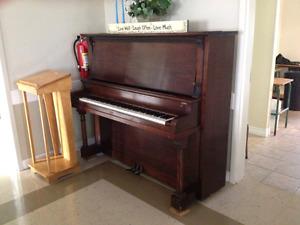 Free Piano, must pick up