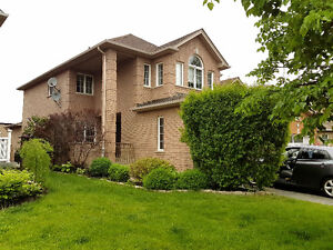 Stunning Family Home for rent in Alliston, New Tecumseth- JUNE 1