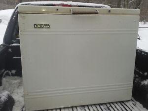 Congélateur /  freezer en bon état
