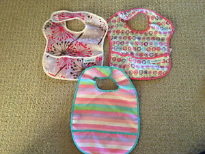 Bumkin/Baby Essentials Bibs (5 total)