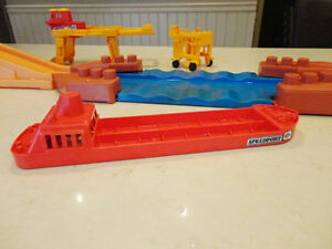 Vintage 1977 Matchbox PSI Container Ship Set - Incomplete Kitchener / Waterloo Kitchener Area image 5