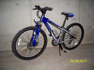 Apollo XC26 Hardtail Cross Country bike