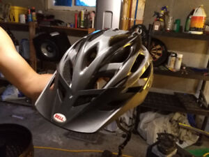 BELL PERFORMANCE BYCICLE HELMET