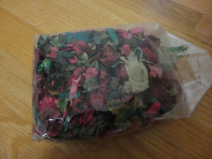Pack of decorative scented pot pourri London Ontario image 3