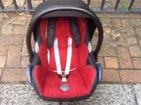 Maxi cosy baby car seat