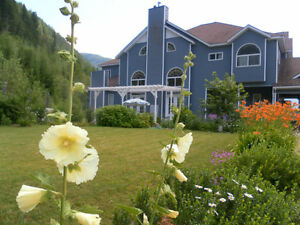 51 Acres,8bd/9 1/2bth, Country Victorian Revelstoke British Columbia image 3