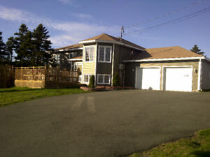 Executive home w/ 2 car garage fully furnished