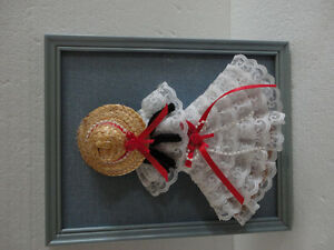 HANDMADE VINTAGE LACE DOLL DECORATIVE COLLECTIBLE WALL HANGING London Ontario image 2