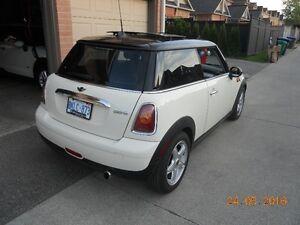 2010 MINI Mini Cooper Hatchback