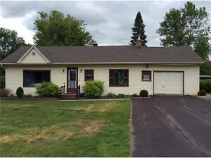 Great bungalow in beautiful St. Andrews!
