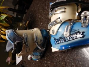 For Sale - Downhill Ski Boots (size:  26.5)