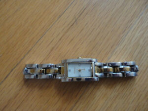 Women's Fossil silver gold two tone wristwatch London Ontario image 7