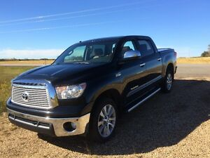2012 Toyota Tundra Platinum Edition-Fully Loaded-Excellent Shape