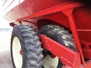 2011 Brent 1194 Grain Cart London Ontario image 4