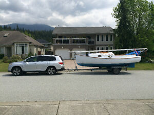 Marshall Sanderling 18 foot cat boat with junk rig and trailer.