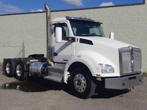 2014 Kenworth T880 daycab tractor