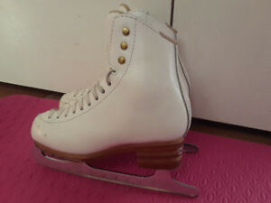 Figure skates. Jackson Elle all leather boots size 13.5.