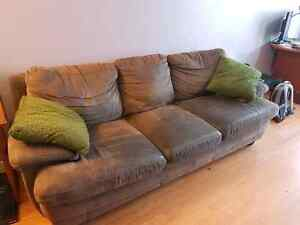 Couch, free to good home!