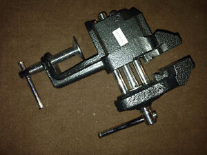Small Adjustable Table Top Clamp London Ontario image 1
