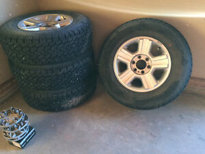 2008 Ford 1/2 ton aluminum rims and tires