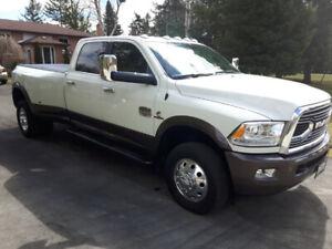 2017 Ram 3500 Longhorn Pickup Truck Dually
