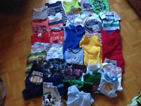 Lot of clothes 12-18 month