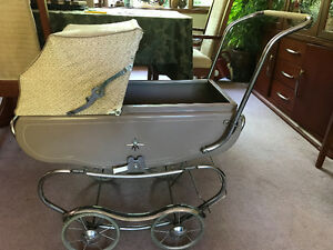 Vintage Doll Buggy by Lloyds of Canada