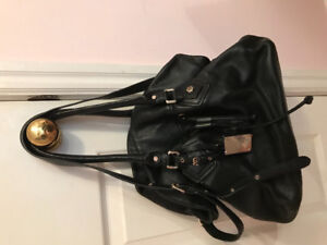 Authentic Marc by Marc Jacobs leather purse/bag