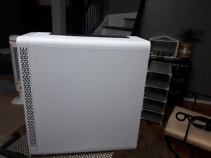 Thermaltake view27 snow edition pc tower for sale