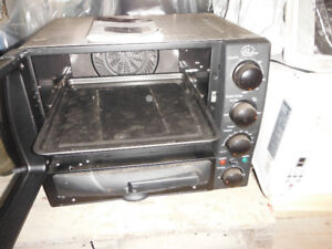 CONVECTION/PIZZA OVEN