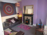 Double room available in shared house - hippy vibe - excellent location
