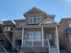 FULL HOUSE FOR RENT IN PRIME LOCATION IN OSHAWA!!!